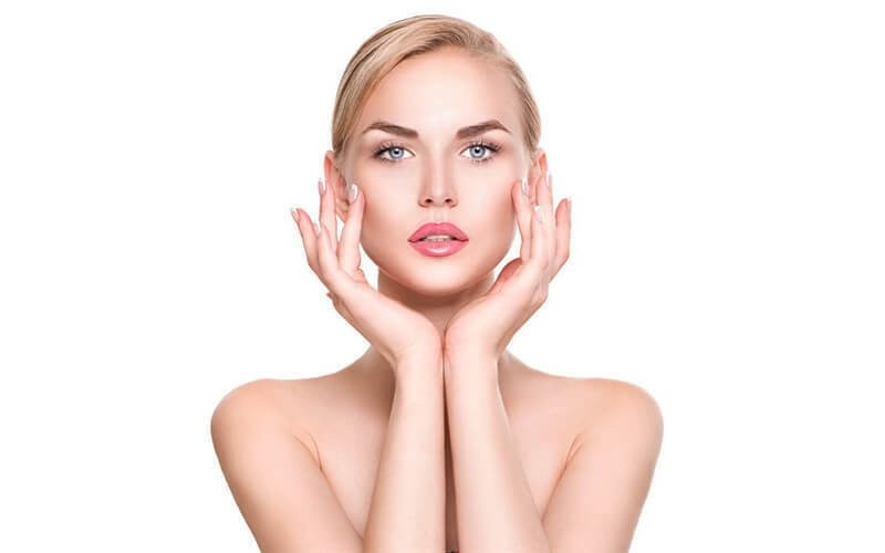 1x Basic Facial / Skin Regeneration Janssen Germany + Creambath + Blow Dry