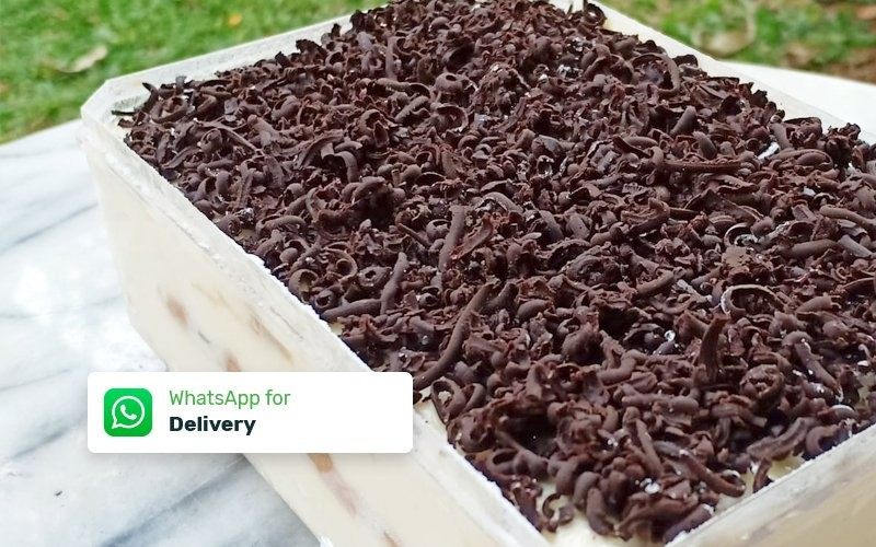 Classic Tiramisu (Contain Alcohol) - Delivery