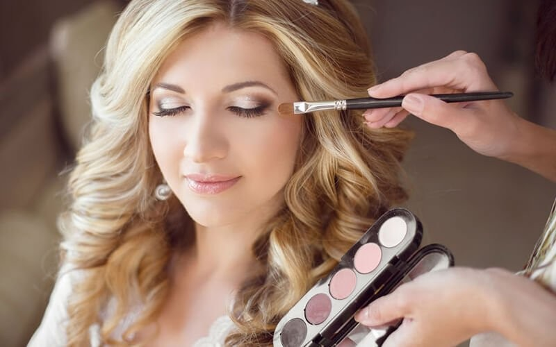 1x Group Make up Professional Course Min. 3 Persons (Natural, Party, Wedding)