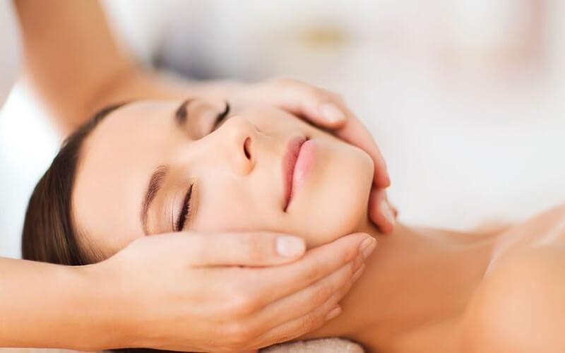 1x Facial Detox (Deep Cleansing + Scrub + Facial Massage + Facial Mask) + Serum
