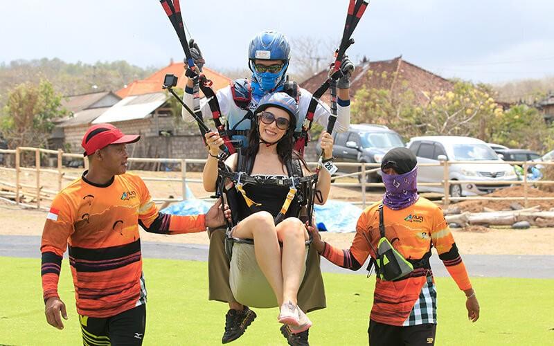 Bali: 1x Paragliding for Domestic Tandem