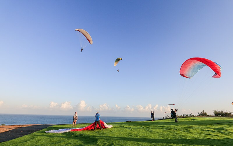 Bali: 1x Paragliding for Overseas