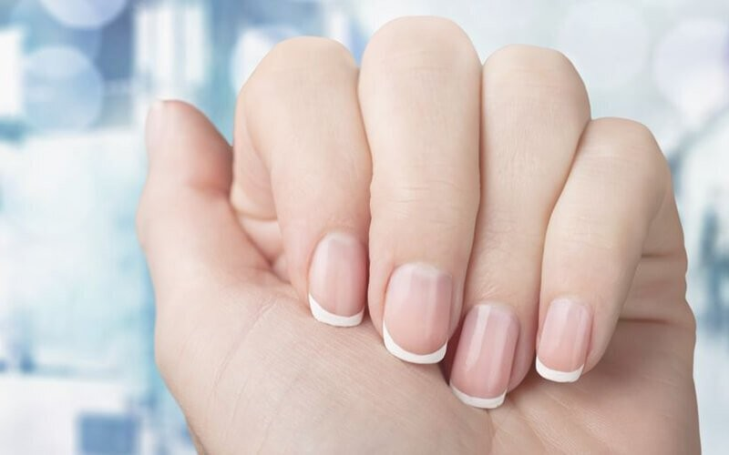 1x French Manicure