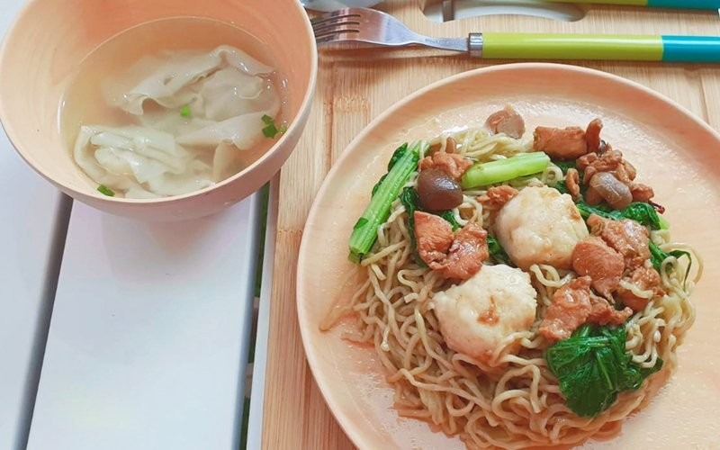 Mie Ayam Bledoss + Ice Tea - Dine in