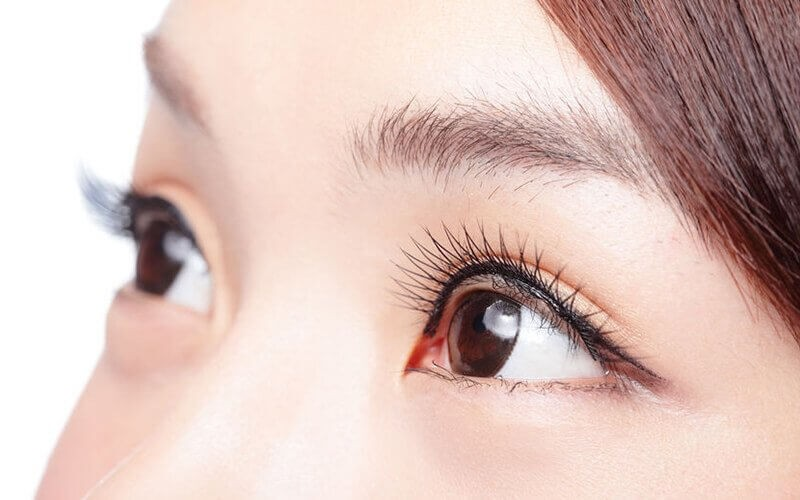 1x Natural Eyelah Extension