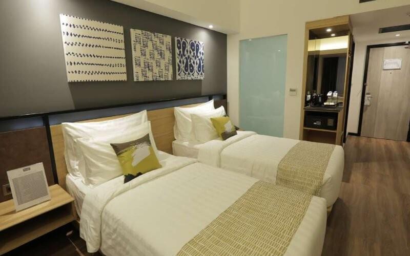 2D1N - Superior Room + Breakfast