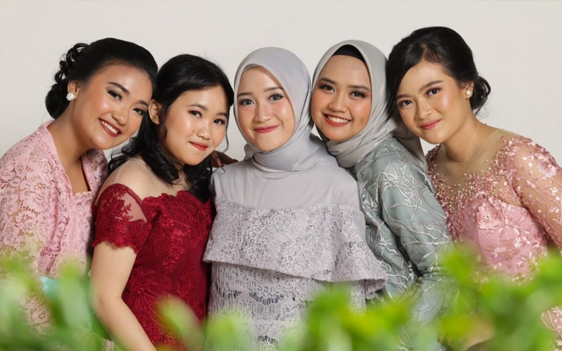 Group Self Make Up Course: Party / Natural (5 Orang) + Free Product
