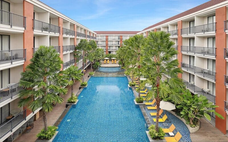 Pool Package + Drink + Room Usage For 2 Persons