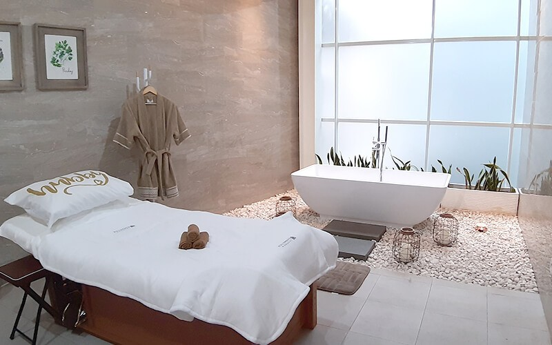 Cleopatra Ultimate Spa Treatment