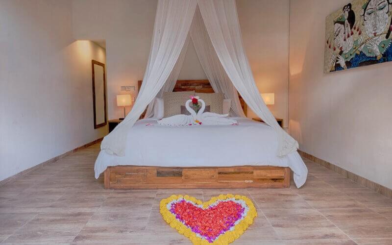 2D1N - Four Bedroom Private Pool Villa+ Breakfast + Airport Pick Up