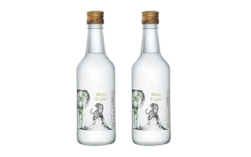Bundling 2 Botol Royal Brewhouse White Royale Soju 350ml
