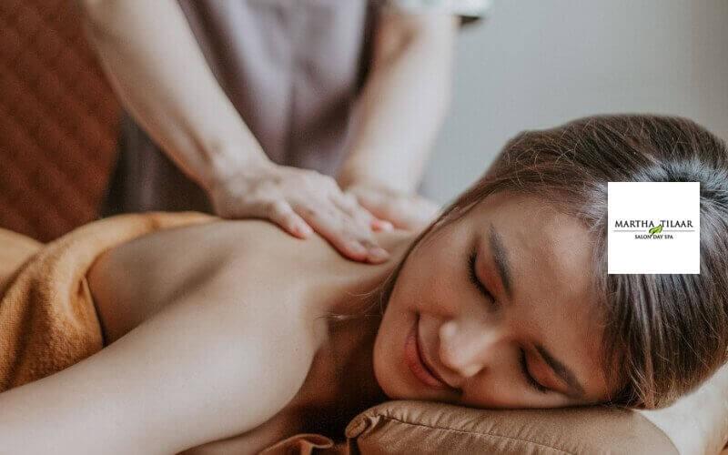 Indonesia Breakfast Tea Candle Massage (60 Menit)