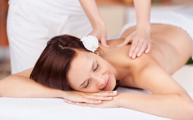Mom Spa: Traditional Full Body Massage (60 Minutes)
