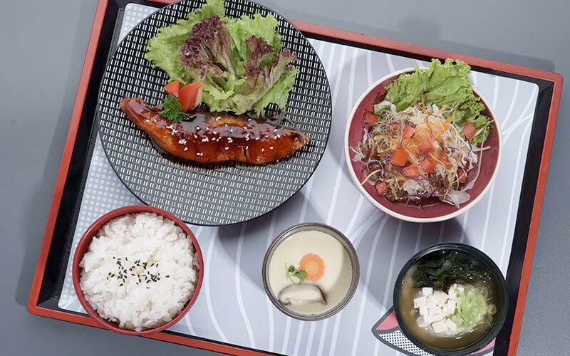 Special Package Set Menu + Ocha For 1 Person