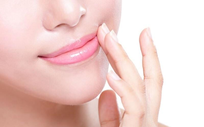 Pinky Laser Lip / Lip Brightening Laser + Mask & Moisturizer Serum