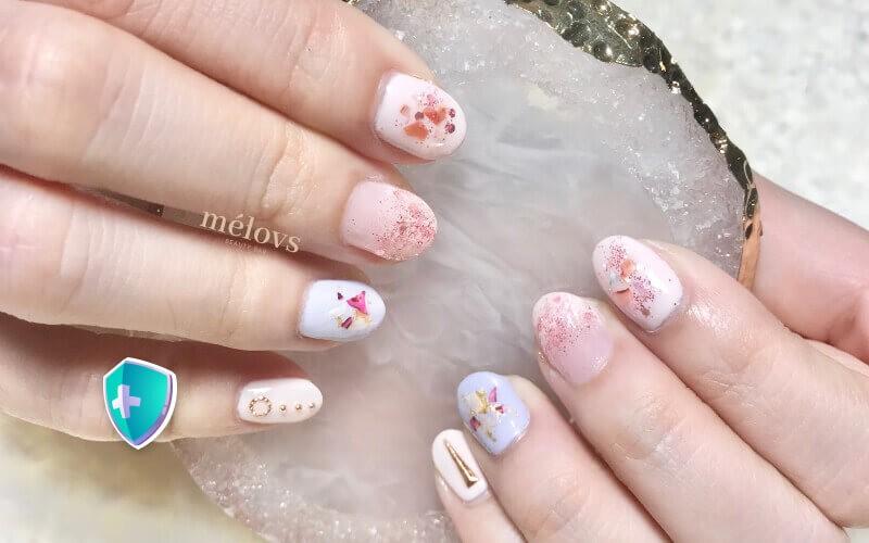 [9.9] Manicure + Gel Polish Basic Color + 4 Glitter Nail Art + Nail Vitamin