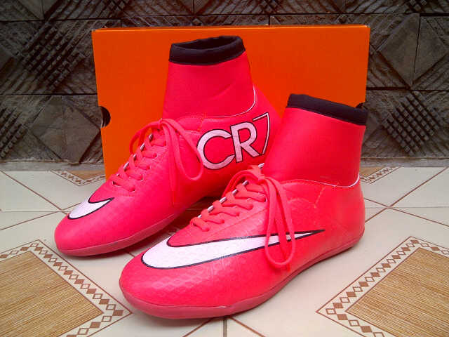 reputable site c4b94 82fdb ... sepatu futsal nike mercurial superfly cr7 light red . ...