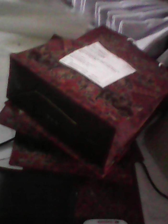 kertas kado kecil / tas kertas motif batik bagus murah cuma 1750
