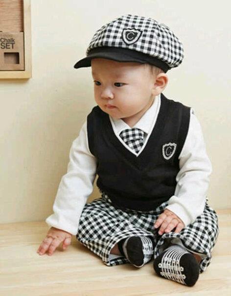3216607_bed3845a 8fb5 11e3 9739 835e2523fab8 jual cool tuxedo baju keren untuk bayi dan anak baby talk club,Pakaian Bayi Keren