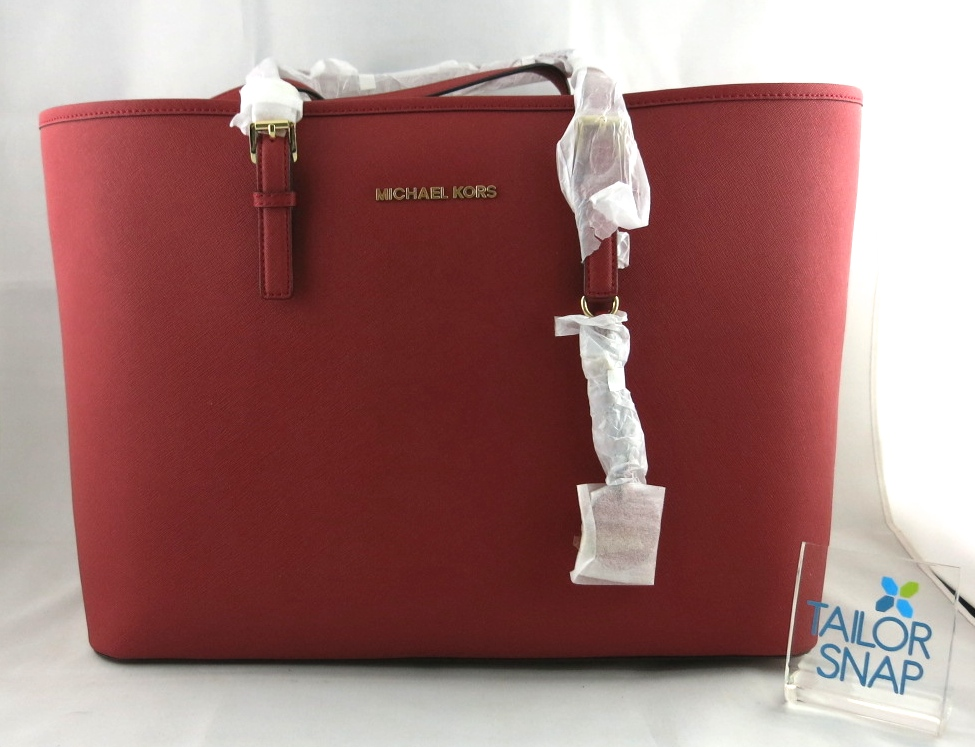 05b87ca739dc6e netherlands tas michael kors original travel tote navy 08293 132db; usa jual  mkb166 michael kors jet set multifunction tote saffiano red tailor snap bags  ...