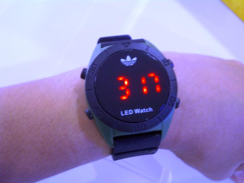 Как настроить часы led adidas