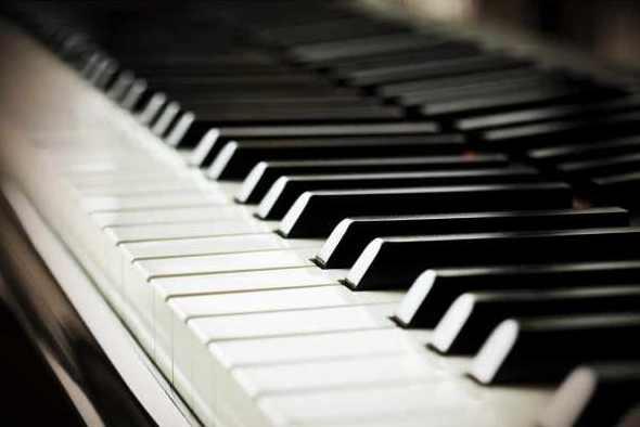 Tips memilih keyboard bekas untuk studio dan pertunjukkan