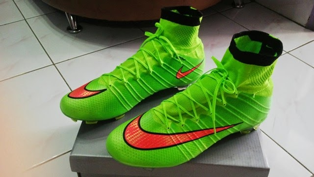 Jual Nike Mercurial Superfly IV Electric Green Made in Italy ... 7a3de6acd1