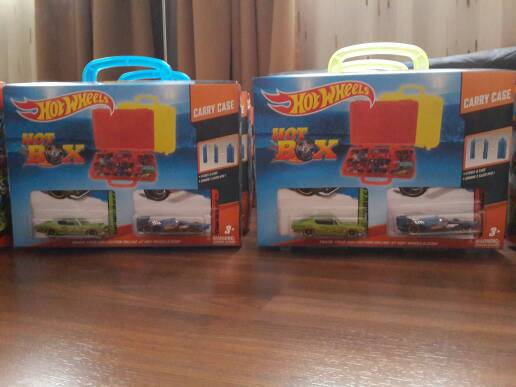 Jual hot wheels hot box carry case bonus 2 cars tempat for 2 box auto con stanza bonus