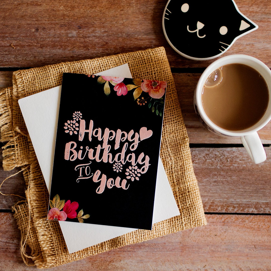 Sebuah Kartu Yang Mengucapkan Selamat Ulang Tahun Seruni