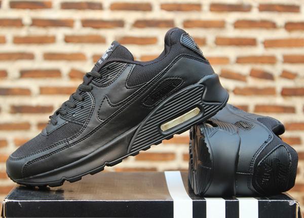 bb16ceb25ba5f ... czech jual jual sepatu runningvollylarigym nike airmax high full black  daffa sport tokopedia 96663 490f4