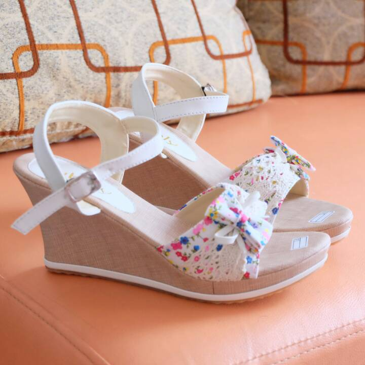 Sandal Wedges Ribon Putih - Christmas Design Ideas 2018 24e68591a9