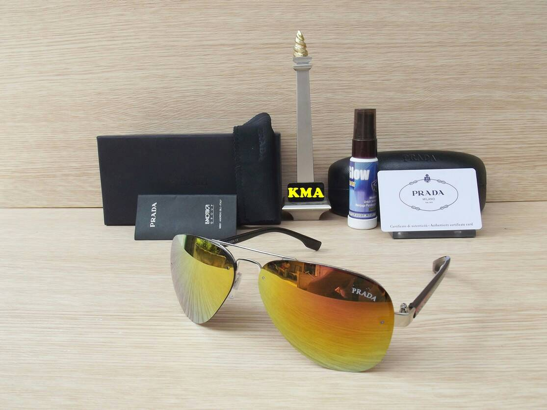 Jual kacamata cewek wanita-kacamata prada-kacamata fashion ... 4020c693a1
