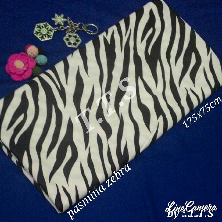 pasmina zebra / jilbab katun mohonocrom / monokrom hijab