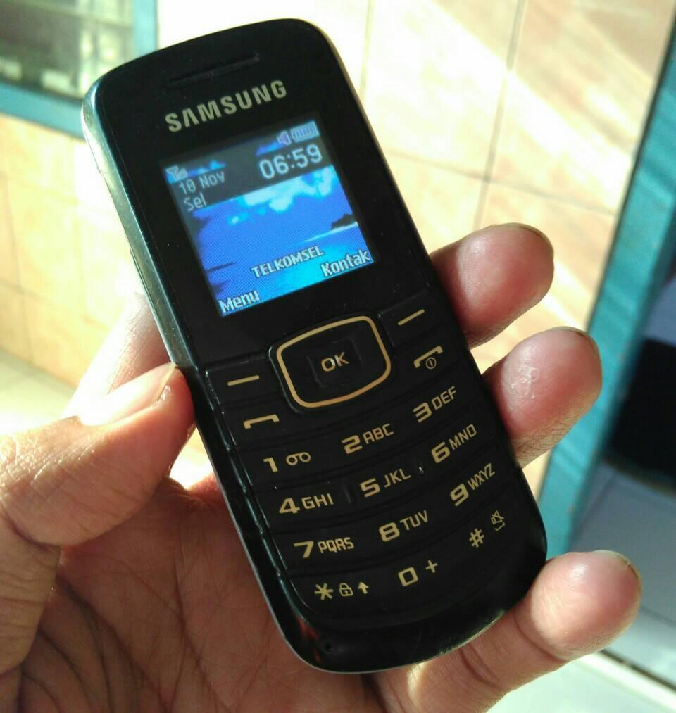 Jual Samsung Keystone Second E1080f Adityaolstorepati Tokopedia