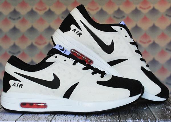 Jual sepatu running Nike Airmax High Putih Hitam - Toko Grosir Enak ... 858c1b7049