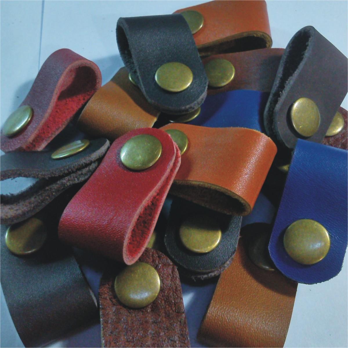 Jual Produk Ukm Klip Kabel Kulit Asli Leather Cable Clips Penjepit Earphone Clip Headset