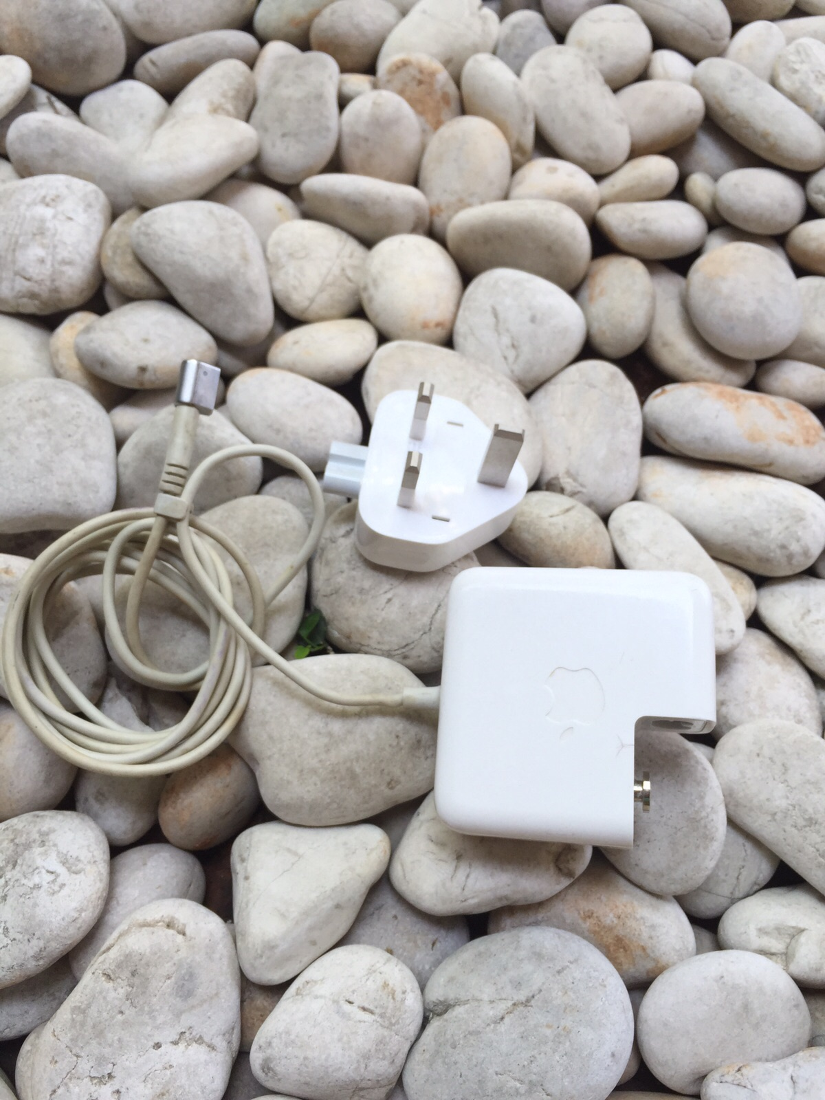 Magsafe / adaptor / charger macbook air