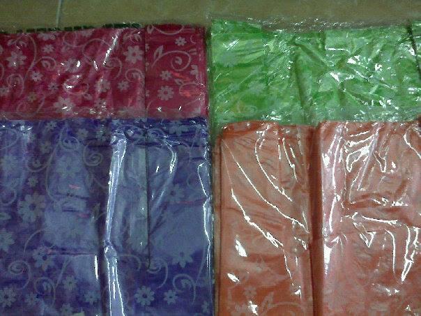 tas kantong kresek pembungkus motif bunga warna warni