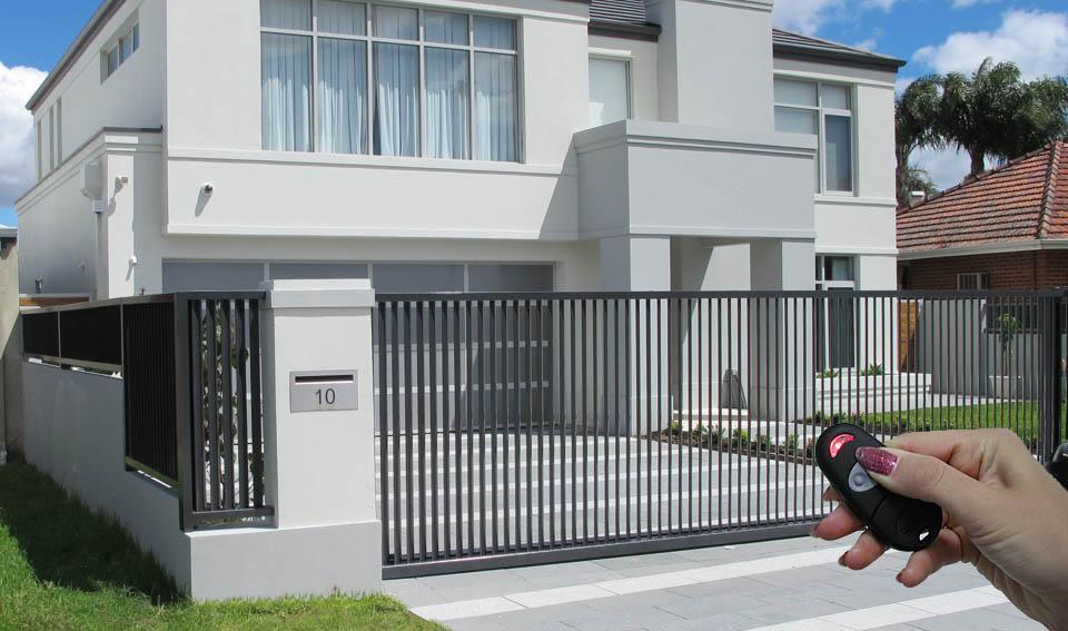 14 Pintu Pagar Rumah Otomatis Baru