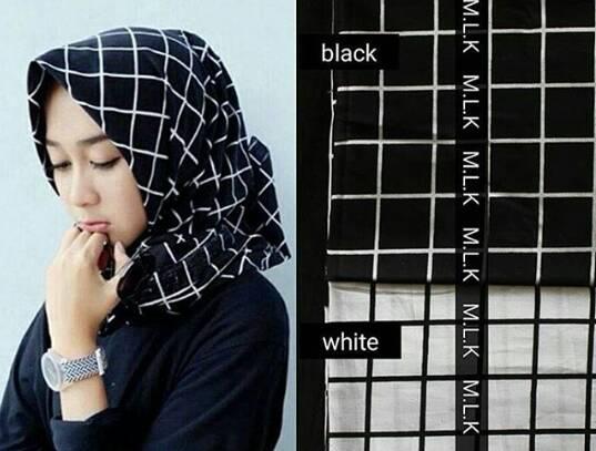 hijab kerudung monochrome kotak navy dongker pashmina & segiempat