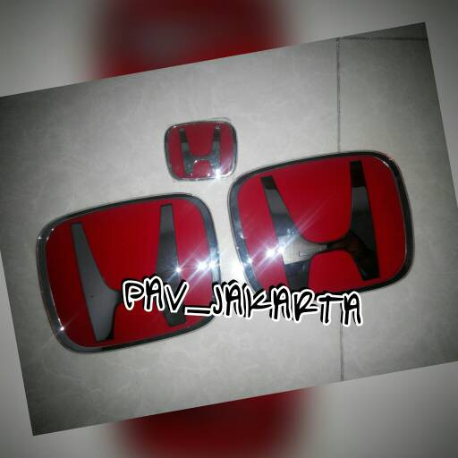 Emblem Honda Jazz RS
