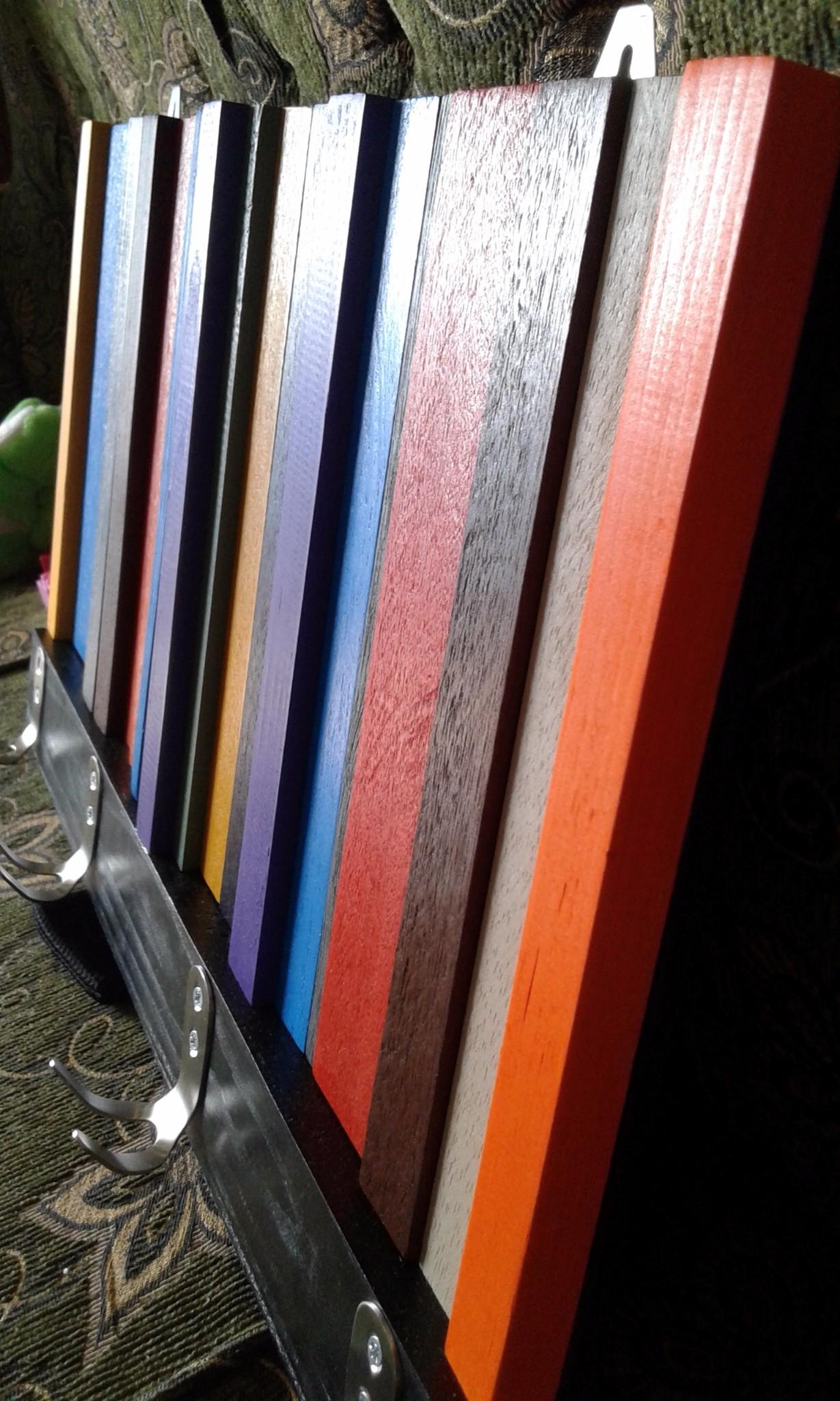 Jual kapstok kayu modern rustic. gantungan baju warna abstrak 3d ...