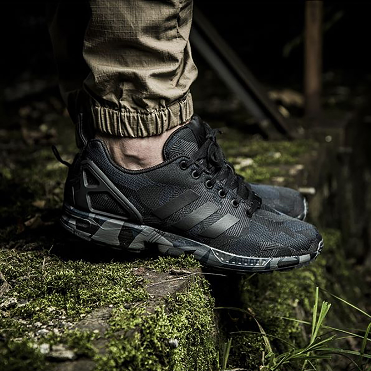 8f608fe2abbf3 sweden adidas zx flux italia independent camouflage sneakers addict jual  adidas zx flux print 5175e 01940
