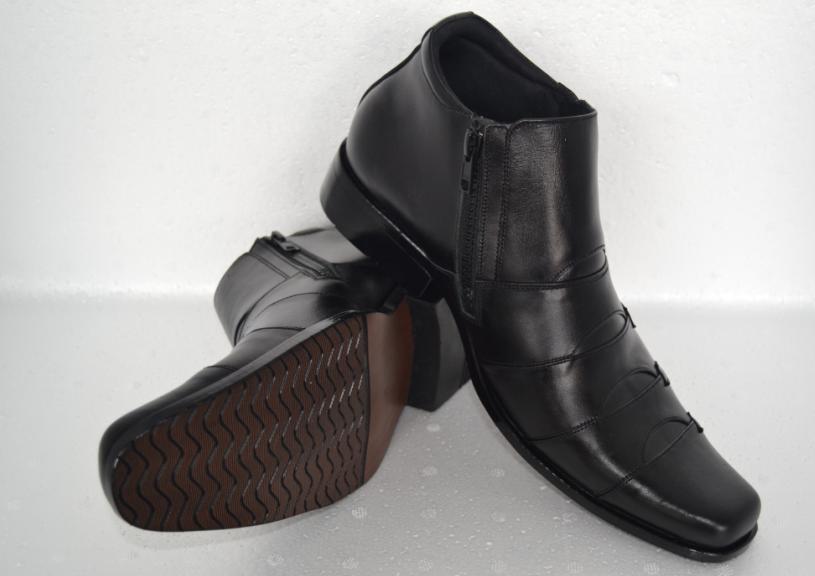 Jual Sepatu Kerja Kantor Pria Formal Kulit Asli Semi Boot Hitam - bukalapak  sandal kulit  cb4eea5831