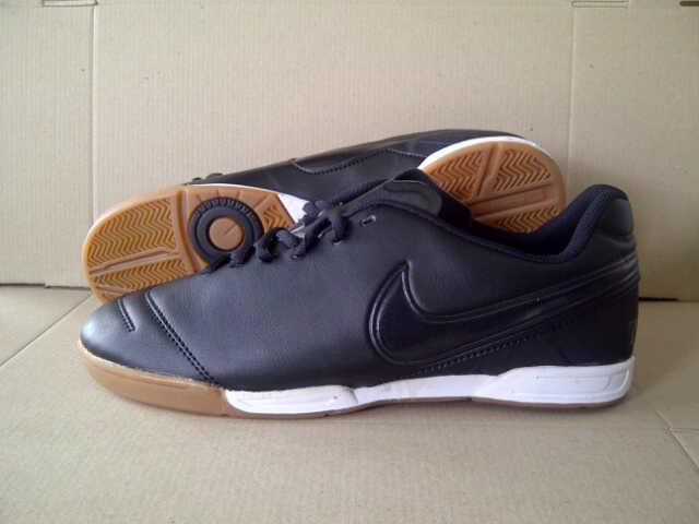 093734c93 usa harga sepatu futsal nike tiempo legend vi ic black id.priceaz . 2ca14  9ce12