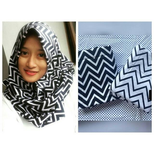 sesi4 ziggy / cevron square / jilbab segi4 katun / monokrom hijab