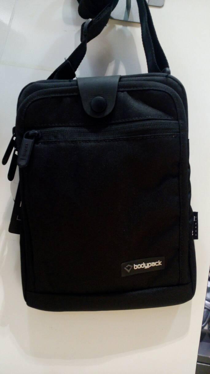 Harga Jual Tas Bodypack Selempang 3133 10 V Synoptic Travel Pouch 30 Black Pria 7099 8