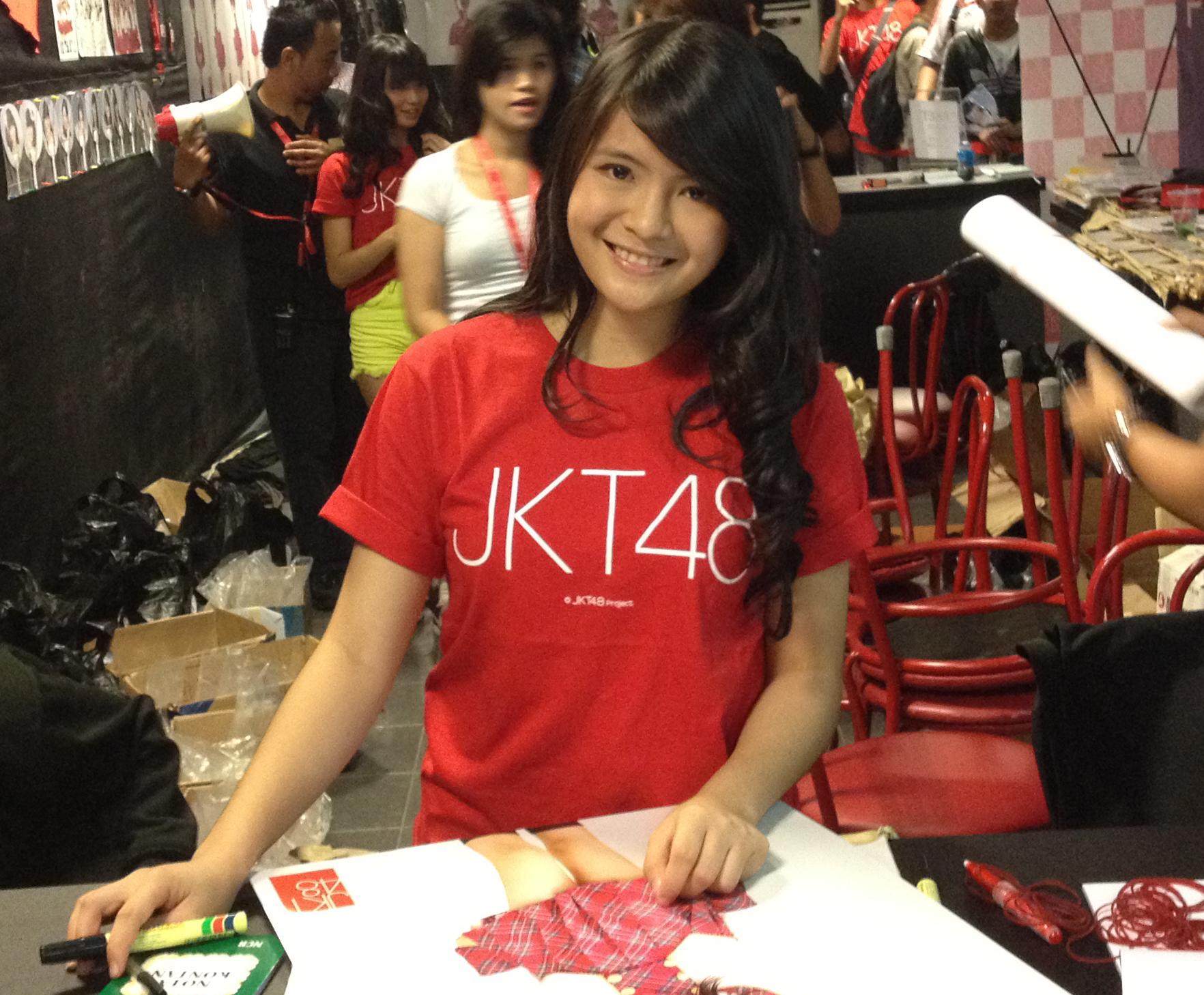 Desain t shirt jkt48 - Jkt 48 Desain 1