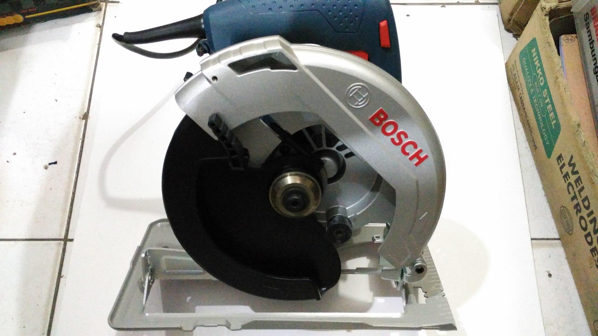 Harga Dan Spesifikasi Mesin Circular Saw Termurah 2018 Gergaji Kayu Makita 5402 Jual Potong Bosch Gks 7000 7 1 4 Inch Karya Indah