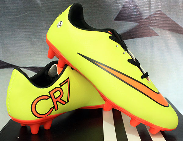 Jual Sepatu Bola Nike Mercurial CR7 Kuning Strip Orange Anak ... 0e97a84e93